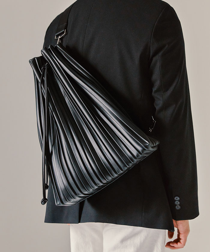 SYNTHETIC PLEATS LEATHER 2WAY BAG[BLACK]